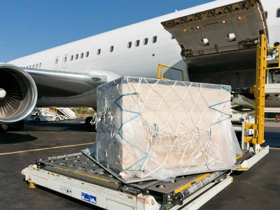 Cathay Pacific: Enabling Procurement Teams to Choose More Sustainable Plastics
